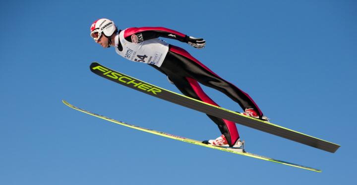 Combinada nórdica prueba salto esquí